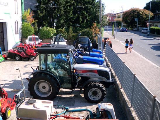 Sigolotto macchine agricole alla fiera di s agostino a for Goldoni motocoltivatori usati